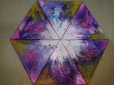 triangular mixed colours white center